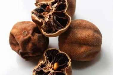 هرگز لیمو عمانی های غذا را نخورید!