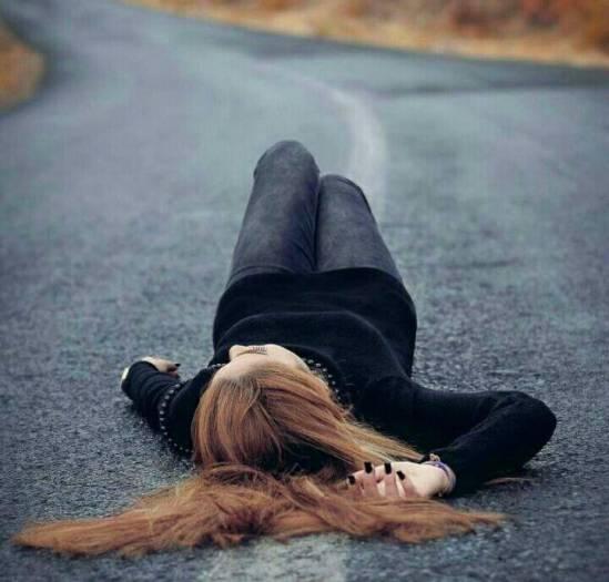 عکس پروفایل دخترونه در جاده